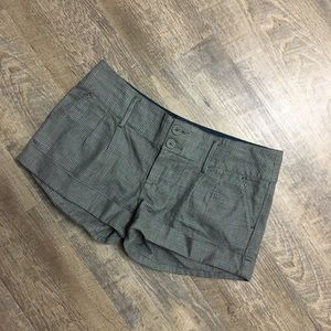 Plaid American Eagle Outfitters shorts